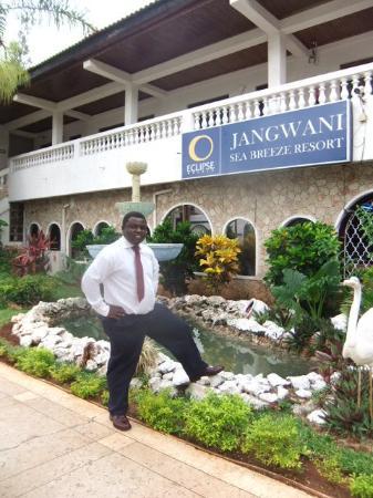 Jangwani Seabreeze Resort: Enjoying the beautiful scenery at Jangwani