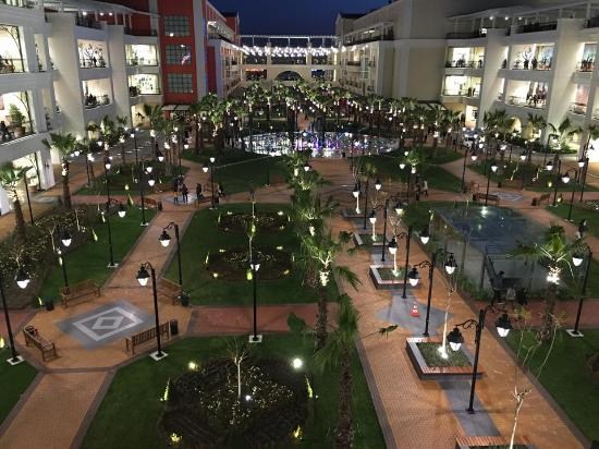 MaviBahce Shopping Center