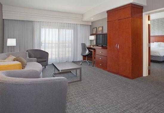 Casper, WY: King Suite – Living Area