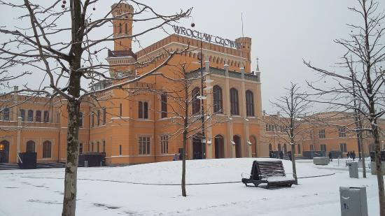 Old Town- Historic Center: No.1 station in Poland