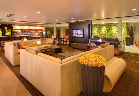Courtyard by Marriott Salt Lake City Sandy : Lobby