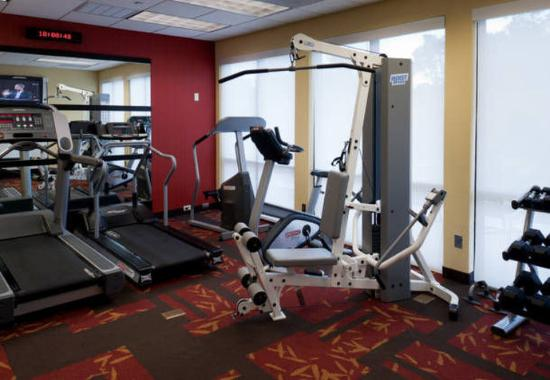Courtyard by Marriott Bristol: Fitness Center