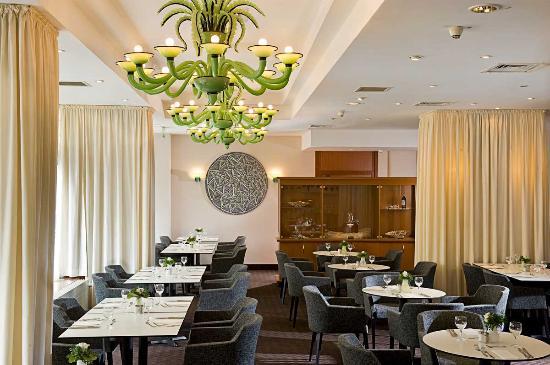 TRYP by Wyndham Koeln City Centre: Restaurant