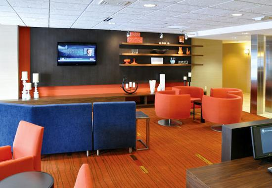 Wausau, WI: Theater & Lounge Area
