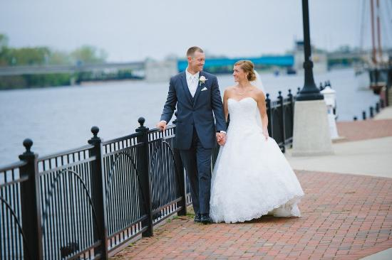 Bay City, MI: Riverside Walk As A New Couple