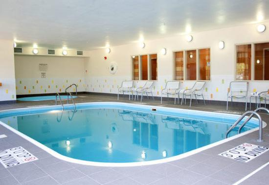 Joliet, IL: Indoor Pool & Whirlpool