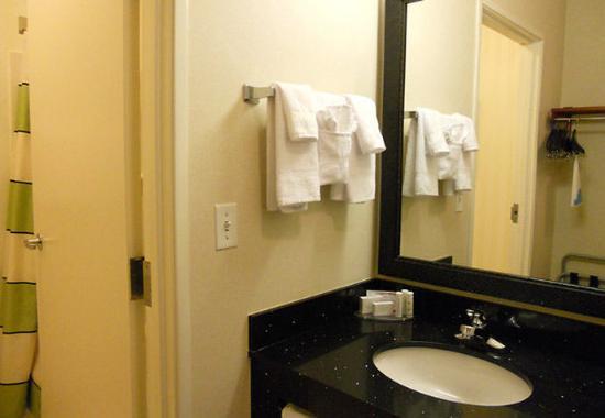 Loveland, CO: Suite Bathroom Vanity