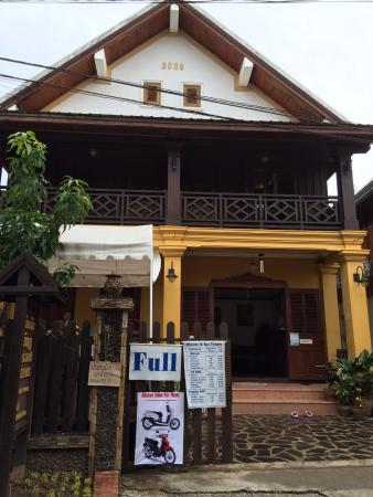 Hoxieng Guesthouse 1: Front of the GHouse so you dont mix it with the Hoxieng 1 in the same street