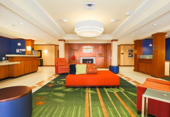 Fairfield Inn & Suites Reno Sparks: Lobby