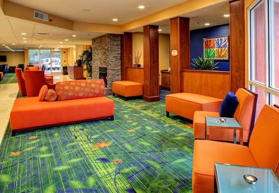Fletcher, Carolina del Nord: Lobby Seating Area