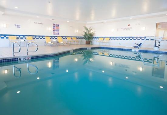 เอลเซนโตร, แคลิฟอร์เนีย: Indoor Pool