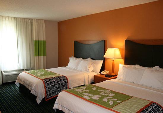 Norman, Оклахома: Queen/Queen Guest Room