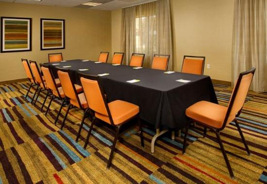 Germantown, MD : Meeting Room - 533 Sq Feet