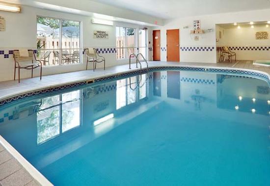Texas City, TX: Indoor Pool & Spa