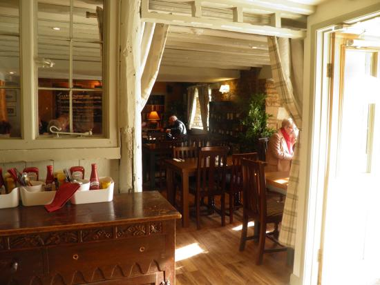 Eynsham, UK: refurbished Pub Feb 2016