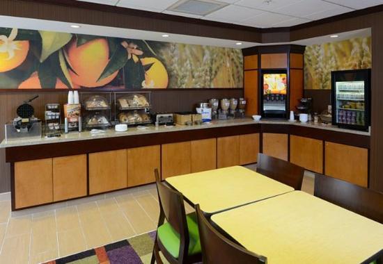 Shalimar, FL: Breakfast Buffet