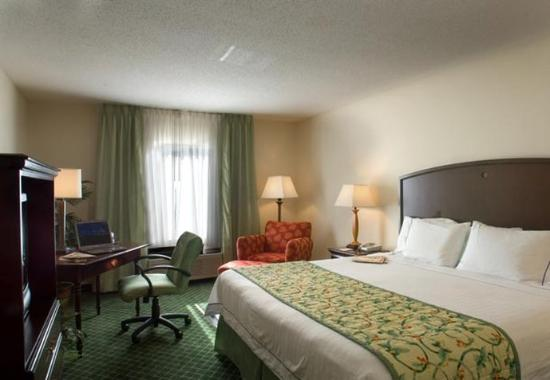 Fairfield Inn & Suites Atlanta Buckhead: King Guest Room