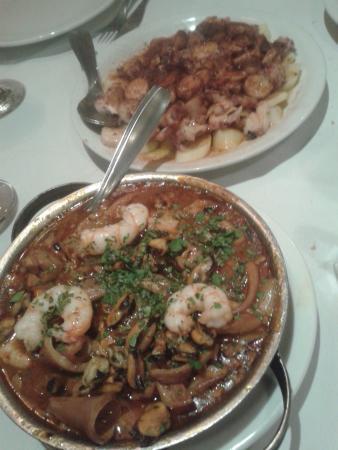 Sur Restaurant: Cazuela de mariscos