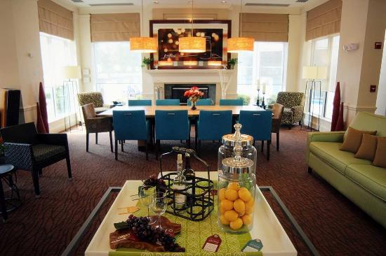 Hilton Garden Inn Charlotte North: Lobby
