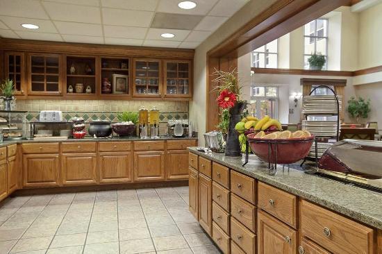 Beaverton, OR: Breakfast Area