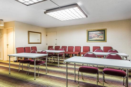 Quality Inn University : Meeting