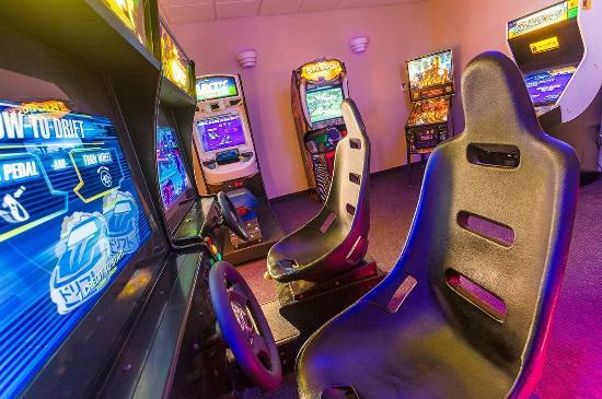 Littleton, Νιού Χάμσαϊρ: Onsite Arcade