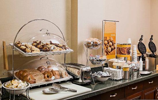 ลิตเทิลตัน, นิวแฮมป์เชียร์: Breakfast Bar Muffins and Bagels