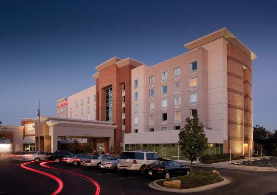 Photo of Hampton Inn & Suites St. Louis at Forest Park Saint Louis