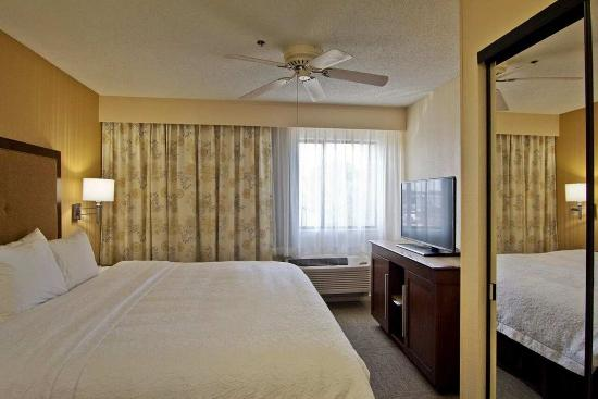 Chillicothe, OH: King 1 Bedroom Suite
