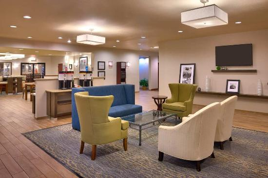 Lake Forest, CA: Lobby