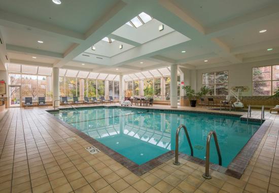 Minnetonka, MN: Indoor Pool