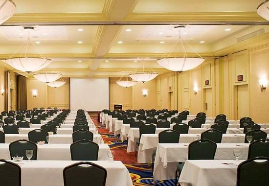 Saddle Brook, NJ: Meeting Room
