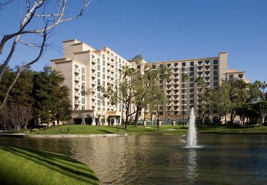 Photo of Costa Mesa Marriott Suites