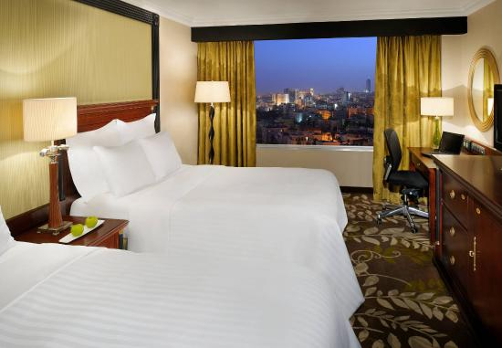 Marriott Amman Hotel: Double/Double Guest Room