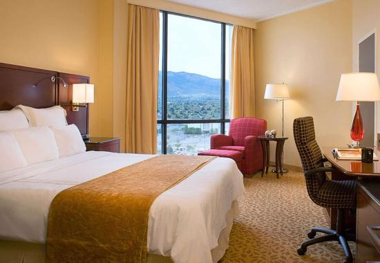 Albuquerque Marriott: King Guest Room