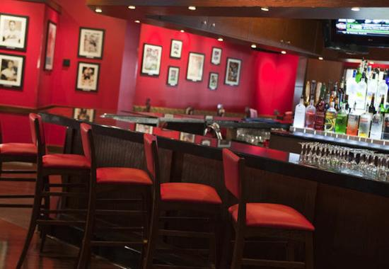 Uniondale, estado de Nueva York: Champions Sports Bar