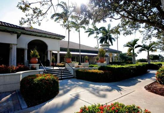 Coral Springs, FL: Golf Clubhouse
