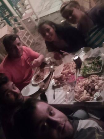 Greek Taverna Manolo: .........