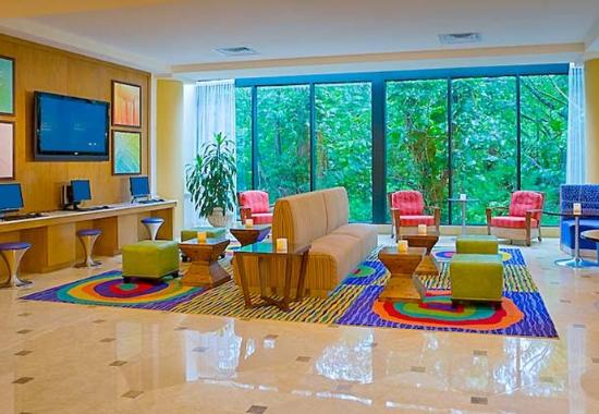 Fort Lauderdale Marriott North: Living Room Lobby