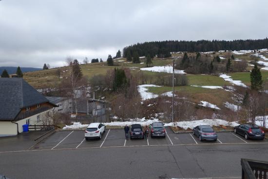 Bernau im Schwarzwald, Alemania: Sicht zur Strasse