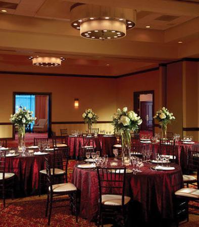 Town and Country, MO: Grand Ballroom - Social
