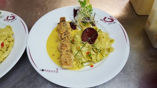 Niort, Frankreich: Restaurant Sorrento