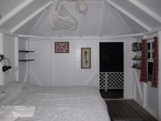 Windwardside, Isla de Saba: cottage in the sky