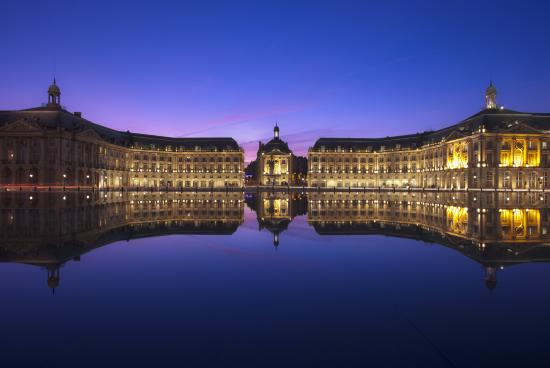 The water mirror bordeaux france top tips before you for Miroir d eau
