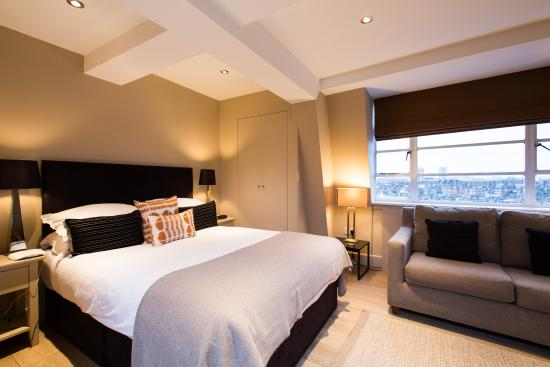 Nell Gwynn House Apartments: Modern style Small studio