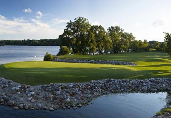 Ypsilanti, MI: Ford Lake & Eagle Crest Golf Course