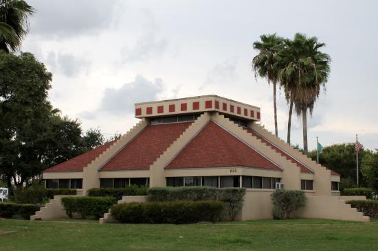 ‪Brownsville Convention & Visitors Bureau‬