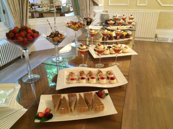 dessert table picture of munstone house country hotel hereford tripadvisor. Black Bedroom Furniture Sets. Home Design Ideas
