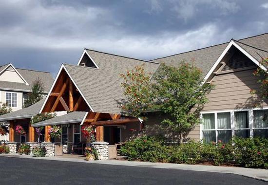 Residence Inn Anchorage Midtown : Entrance