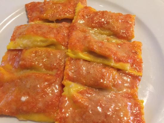Piadena, Italia: Tortelli di zucca e pomodoro
